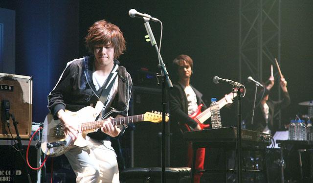 Jin Shizen no Teki-P en concierto.