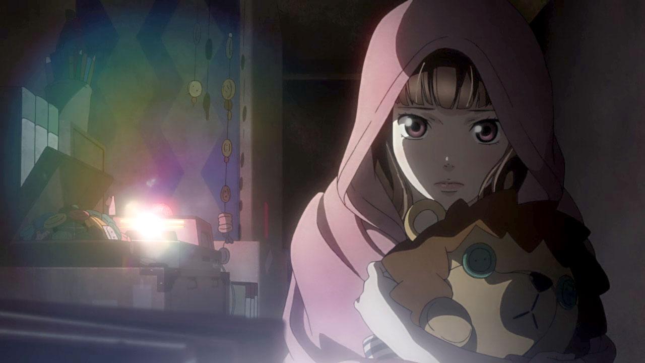 Kurumi observando los vídeos que aún guarda.